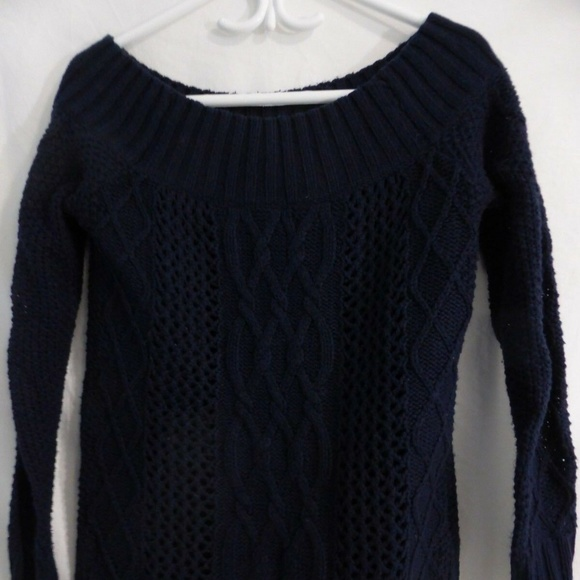 Aerie navy blue knit long sleeve pullover sweater